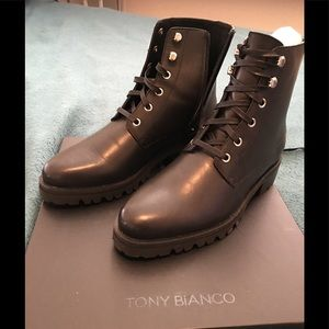 NEW!Never worn Tony Bianco full leather lace boots